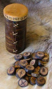 Mistletoe RuneSet with Birch bark box