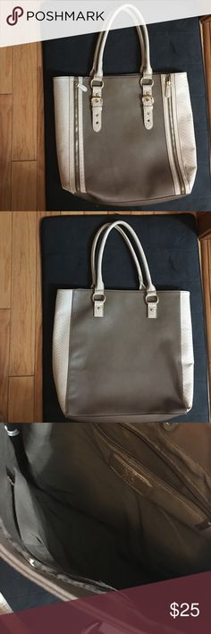 New York & Company Shoulder Bag Literally worn once like brand new, large bag, great for work ask any questions New York & Company Bags Shoulder Bags