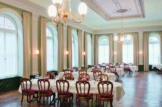 Atrium Hotel Blume :: WedMap