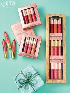 Give the gift of a party-perfect pout with this luxurious gift set featuring 9 deluxe LipSurgence Lip Crèmes from Tarte.