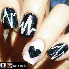 Repost from @elh_nails using @RepostRegramApp - I added #glitterlambs Sun Dazzler Glaze to this mani. :) #nails2inspire #nailartwow #nailswag #polish #nailpolish #mani #manicure #nails #nailart #glitter #sparkles #nailaddict #nailartaddict #naildesign #craftyfingers #nailpromote #hairandfashionaddict #notd #nailsoftheday #nailsofinstagram #nailstagram #instanails #nailitdaily #glitterlambs #sundazzlerglaze