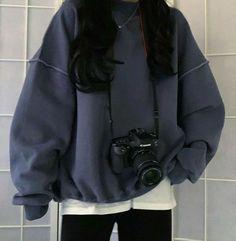 Hola, esto va a ser una chica (tú) con sus amigos pequeñas historias … #fanfic # Fanfic # amreading # books # wattpad Mode Outfits, Retro Outfits, Cute Casual Outfits, Vintage Outfits, Fashion Outfits, Casual Clothes, 70s Fashion, Casual Korean Outfits, Korean Outfits School