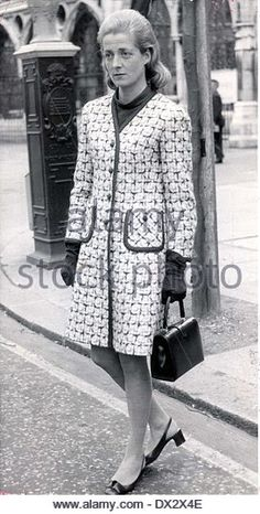 Diana's mother on the day of her divorce from Diana's father. 1969 http://l7.alamy.com/zooms/9beb72d878e34457b55da482e1226d57/mrs-frances-shand-kydd-viscountess-althorp-dx2x4e.jpg