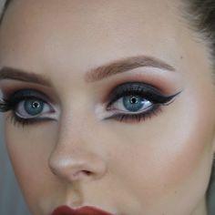 dance makeup Make Up Tips : Love this Black Swan inspired makeup! Stage Makeup Dancer, Dance Makeup, Theatre Makeup, Dramatic Wedding Makeup, Dramatic Eye Makeup, Bridal Makeup, Makeup Inspo, Makeup Inspiration, Makeup Tips
