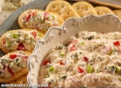 "Blue Cheese Spread By: Town House® ""Here's a quick and tangy appetizer--crumbled blue cheese, green onions, and chopped tomatoes are mixed into a creamy base and served on buttery crackers. Great Appetizers, Appetizer Dips, Appetizer Recipes, Cold Appetizers, Peach Chutney, Cheese Spread, Blue Cheese, Love Food, Food To Make"