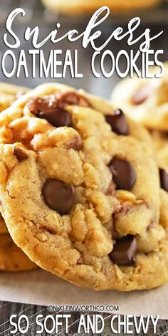 These Soft Oatmeal Snickers Cookies are a thick & chewy oatmeal cookie stuffed full of Snickers candy bars & chocolate chips. So easy & so yummy too! Easy Baking Recipes, Easy Cookie Recipes, Best Dessert Recipes, Coffee Recipes, Amazing Recipes, Pie Recipes, Vegan Recipes, Cheesecake Desserts, Köstliche Desserts
