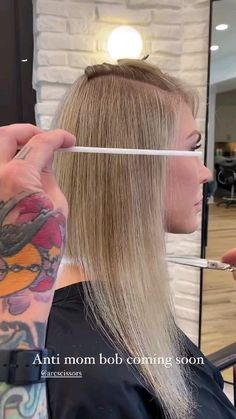 Lighter Brown Hair Color, Cool Blonde Hair Colour, Strawberry Blonde Hair Color, Hair Color Pink, Hair Color And Cut, Cute Hairstyles For Medium Hair, Thin Hair Haircuts, Medium Hair Styles, Long Hair Styles