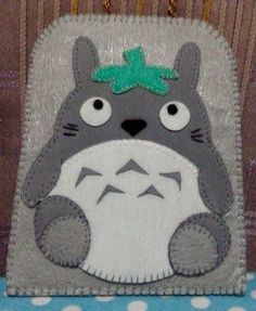 100% handmade totoro phone case made of eva foam and felt cloth.. this is for my friend..