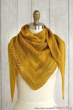 Just a day late… :-) (Photo: Fairmount Fibers Design Team) Ojete by the Fairmount Fibers Design Team is a beautifully simple and sunny summer shawl knit with just one skein of Manos del Urugu… Crochet Scarf Easy, Knit Or Crochet, Crochet Scarves, Crochet Shawl, Free Crochet, Crochet Double, Knitting Blogs, Easy Knitting, Knitting Patterns Free