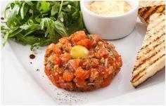 Тартар из лосося / Salmon Tartar