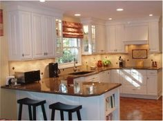 U Shaped Kitchen With Peninsula The House Plan We Like Has A