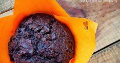 Soy adicta a los muffins, lo reconozco. Me gustan infinitamente más que la magdalena de toda la vida. Esa textura densa y húmeda me tiene co...