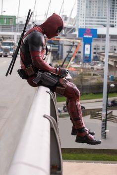 """Negasonic Teenage Warhead in """"Deadpool"""" Marvel Dc Comics, Marvel Heroes, Marvel Avengers, Marvel Fan, Deadpool Wallpaper, Marvel Wallpaper, Wallpaper Animé, Deadpool Art, Deadpool Unicorn"""
