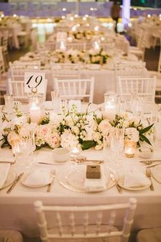 Top table arrangement idea - I love the neat and tidy look