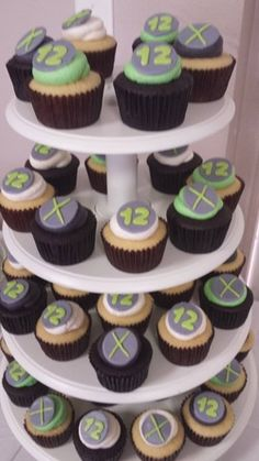 xbox cupcakes - Google Search Video Game Party, Party Games, Xbox Party, Cupcakes, Party Ideas, Google Search, Birthday, Desserts, Food