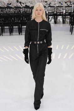Christian Dior Fall 2014 Couture - Review - Vogue#/collection/runway/fall-2014-couture/christian-dior/12#/collection/runway/fall-2014-couture/christian-dior/12