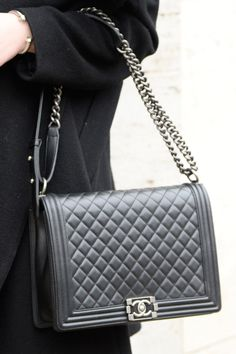 68f3a1f63 Bolsa Le Boy Preta Matelassê Mini - Premium | Bolsas | Bags, Chanel ...
