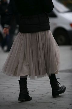 limilee: via 16 House winter tulle Mode Style, Style Me, Girl Style, Estilo Dark, Skirts With Boots, Skirt Boots, Dress Boots, Estilo Hippie, Black Milk Clothing