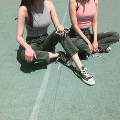 dark green converse