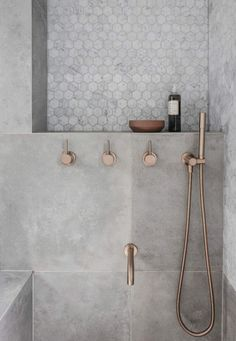 Rethinking the Shower Niche (& Why I Think The Ledge Is Next) Rose Gold Bathroom Faucet! The post Rethinking the Shower Niche (& Why I Think The Ledge Is Next) appeared first on Badezimmer ideen.