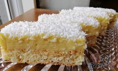 Kokosový koláček | NejRecept.cz Krispie Treats, Rice Krispies, 20 Min, Vanilla Cake, Smoothies, Deserts, Goodies, Food And Drink, Sweet