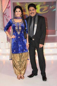 Saree Dress, Sari, Photos Of Priyanka Chopra, Aditi Bhatia, Holi Celebration, Beautiful Bollywood Actress, Captain Hat, 18th, Marvel