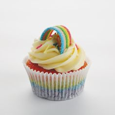The award-winning patisserie, who was voted Best Patisserie in Joburg in .Belle's prides itself in creating fresh, wholesome, sweet and savoury food. Rainbow Cupcakes, Chocolate Topping, Over The Rainbow, Yummy Treats, Sweet Tooth, The Incredibles, Sweets, Sweet Ideas, Baking