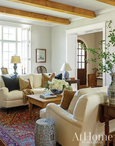 Formal Living Rooms, Home Living Room, Living Room Designs, Living Room Decor, Living Spaces, English Living Rooms, Southern Living Rooms, Living Room Inspiration, Style At Home