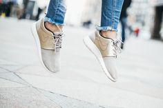 Today's // Annika O. Nike Roshe, Keds, Sneakers, Shoes, Fashion, Tennis, Moda, Slippers, Zapatos