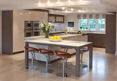 Elegance Kitchens   Gallery   Mowlem & Co