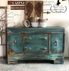 Bohemian Rustic Style Waterfall Buffet/Server/Credenza/Hutch/Coffee Bar/S… Chalk Paint Furniture, Funky Furniture, Repurposed Furniture, Furniture Projects, Rustic Furniture, Furniture Makeover, Vintage Furniture, Cheap Furniture, Furniture Legs