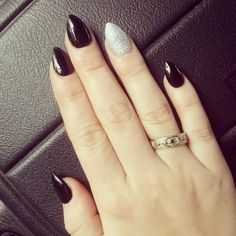 Wanting to do pointy nails for Halloween :)