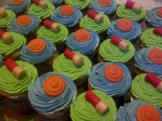 Custom Trap Shooting Cup Cakes