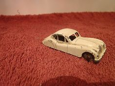 Early Lesney (pre- Matchbox)  Jaguar XK140 - http://www.matchbox-lesney.com/42495