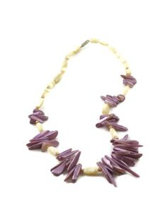 Lilac Necklace Sea Shell Lilac White Gold Beads by ToppyToppyKnits