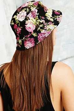 Reason Floral Bucket Hat in Black - Urban Outfitters Floral Bucket Hat, Black Bucket Hat, Swag Style, My Style, Beanie Hats, Beanies, Cute Hats, Celebrity Outfits, Bad Hair