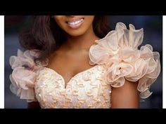 How to make a Ruffle Exaggerated Sleeve without fishing line. Stylish Blouse Design, Fancy Blouse Designs, Blouse Neck Designs, Wedding Dress Patterns, Dress Sewing Patterns, Sewing Sleeves, Sewing Blouses, Sleeves Designs For Dresses, Pageant Dresses