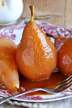 Nadire Atas on Poached Pears Easy 3 Ingredient Roasted Pears with Caramel Sauce Dessert Recipe with Dark Brown Sugar - 10 Minute Prep Pear Recipes, Fruit Recipes, Baking Recipes, Pear Dessert Recipes, Recipes With Pears, Dinner Recipes, Radish Recipes, Dessert Ideas, Baked Pears