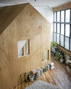 A cottage inside an appartment - neat idea :)