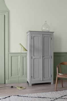 Pantone, Home Projects, Tall Cabinet Storage, Home And Family, Velvet, Furniture, Interior Ideas, Home Decor, Design