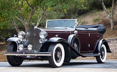1932 Cadillac V16 All-Weather Phaeton body by Fisher - (Cadillac Motors, Detroit, Michigan 1902- date)