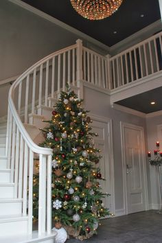 Stairway to. Fireplace Mantle, Stairways, Mantle Ideas, Villa, Ceiling, Christmas, Home Decor, Stairs, Xmas