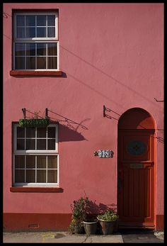 Pink Little House, Brighton