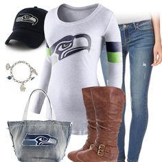 Take jeans and tshirt casual and make it Denver Broncos cute with a team tee, a Denver Broncos hat, purse, and bracelet, and pair it with some trendy boots. Texans Football, Texans Game, Steelers Football, Football Season, Pitt Steelers, Chiefs Game, Kansas Chiefs, Vikings Football, Raiders Football