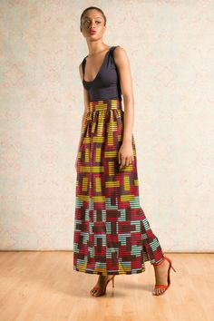 Tara Maxi Skirt – Live with colour and prints, the tara skirt is equal parts bold and beautiful. Pair nicely with a navy bodysuit and some red heels to dress it up.