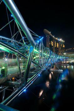 Blue DNA Bridge & Marina Bay Sands Hotel, Singapore