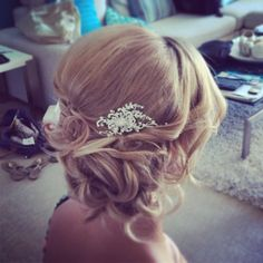 #harpier Mobile Hair & Makeup Stylists Brisbane, Gold Coast, and Sunshine Coast www.harpier.com #lowbun #detailedupstyle #upstyle #curls #haircomb #ghd #whitesands #sidestyle #bridalhair #weddinghair #bridesmaidhair