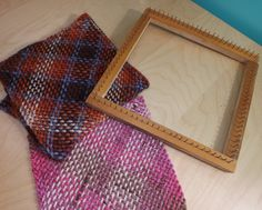 super easy way to make your own square loom  DO THIS!!!  How To Make Square Loom, And How To Use It.