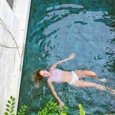 Floating away.... ⠀ ⠀ #floating #summer #balicili #bali #poolside #swimmingpool #villalife #summertime #easterweekend #beautifuldestinations #dametraveler #canggutribe #travelgram #travelguide #thebalibible