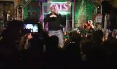 #CharlesBarkley tries to #rap to #SnoopDogg's Gin&Tonic and he kinda nails it: #NewOrleans